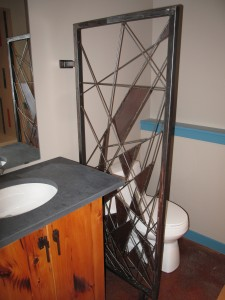 bathroom divider (2)